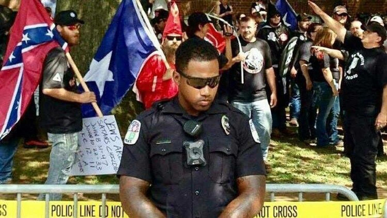 Afbeelding van Trump beschuldigd van aanwakkeren rechtsextremisme in Charlottesville