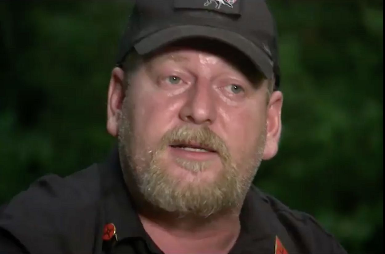 Afbeelding van KKK-leider tegen donkere journalist: 'We will burn you out'