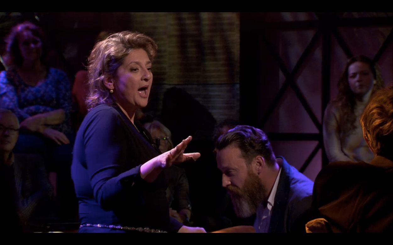 Afbeelding van Pierre Bokma en Annet Malherbe over het hoorspel van de Annie M.G. Schmidt-musical 'Madam'