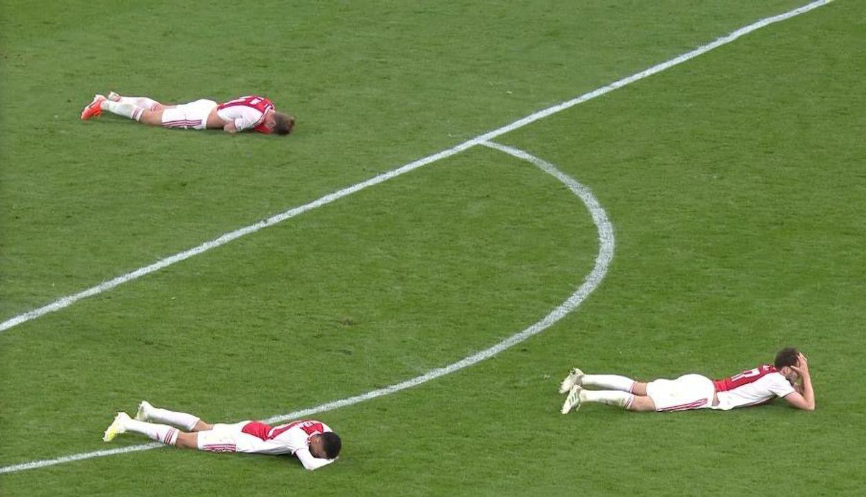 Afbeelding van Tien tweets over Ajax om de wonden mee te likken