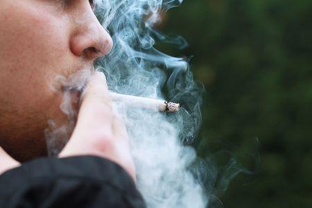 Afbeelding van Oproep: 'Klinische behandeling tegen rookverslaving moet vergoed worden'