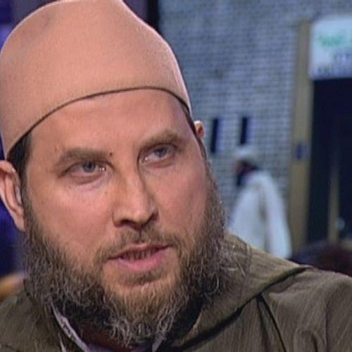 Afbeelding van Gebiedsverbod blijft van kracht en imam Fawaz blijft preken
