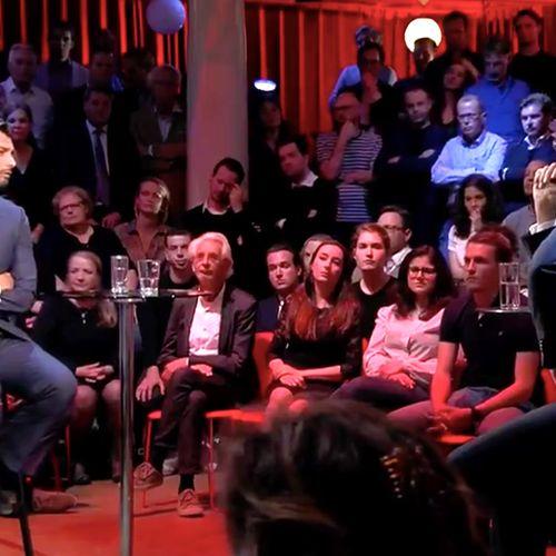 Afbeelding van Rutte vraagt zich af wat Baudet tegen vrouwen heeft